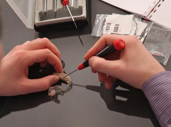 repair - شرایط و نحوه تعمیر سمعک
